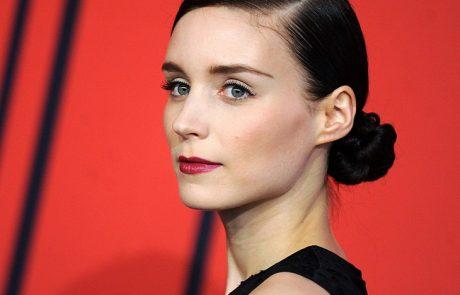 Rooney Mara, nouvelle égérie parfum pour Givenchy