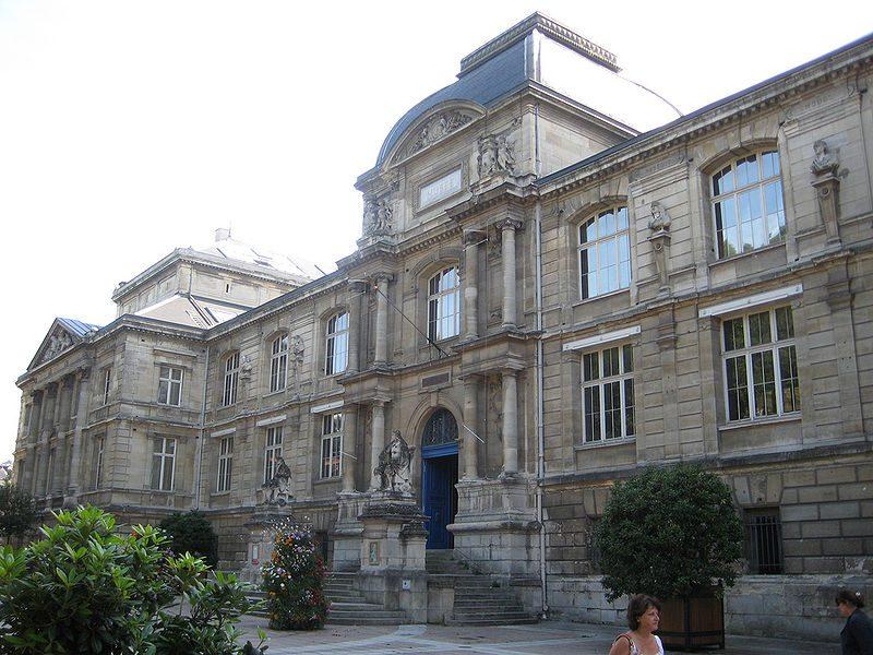 L'histoire de la mode s'expose à Rouen