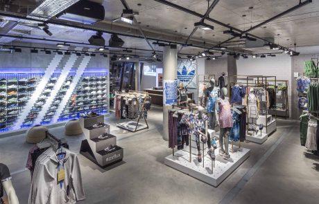 Adidas investit dans le polyester recyclé