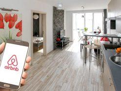 Airbnb transforme des bureaux en suites haut de gamme