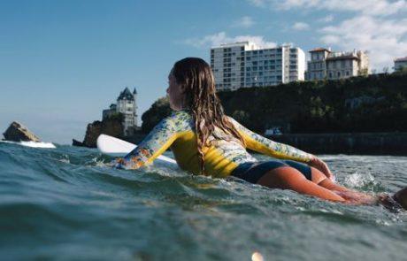Albertine signe une combinaison de surf pour Sen No Sen