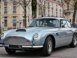Aston Martin DB5 : la voiture de James Bond fait son grand retour