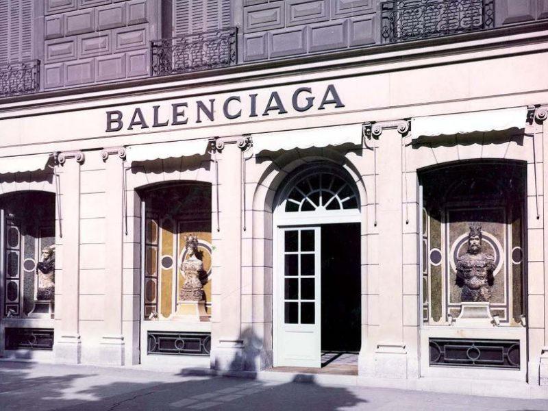 Loop : la nouvelle campagne d'animation de Balenciaga