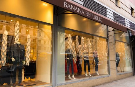 Banana Republic propose des vêtements en location