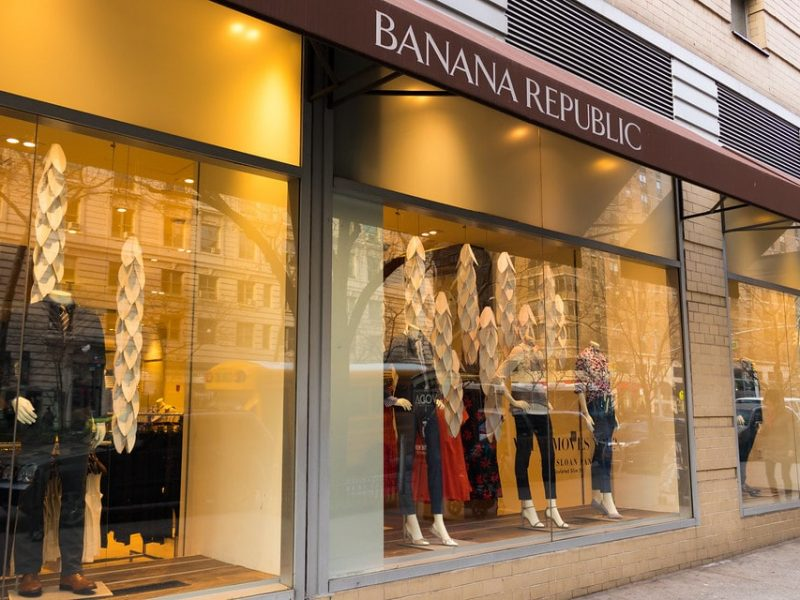 Banana Republic propose des vêtements en location
