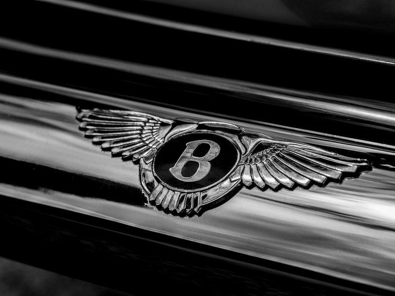 Bentley veut sortir sa première voiture électrique avant 2025