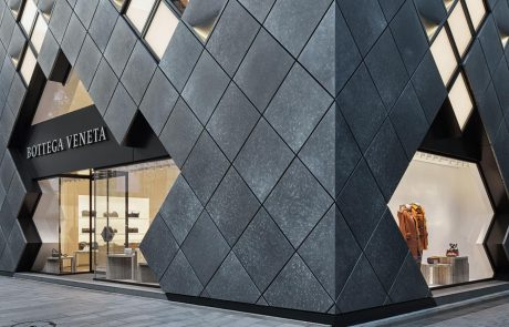 Bottega Veneta prépare son installation à Tokyo