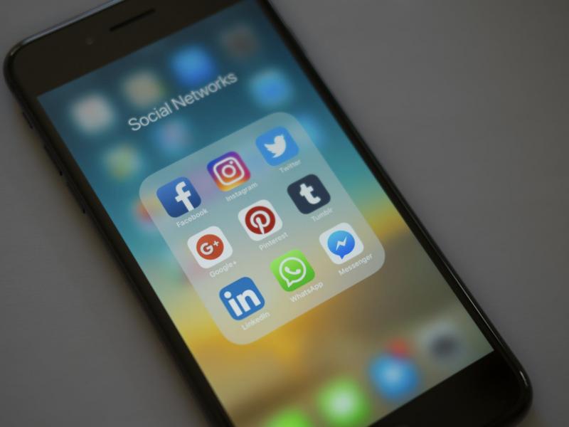 Facebook offre un regard (intéressé) sur le rapport au luxe