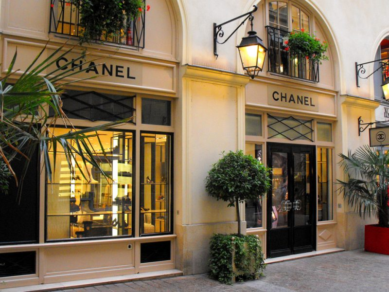 1957 : le nouveau parfum Chanel
