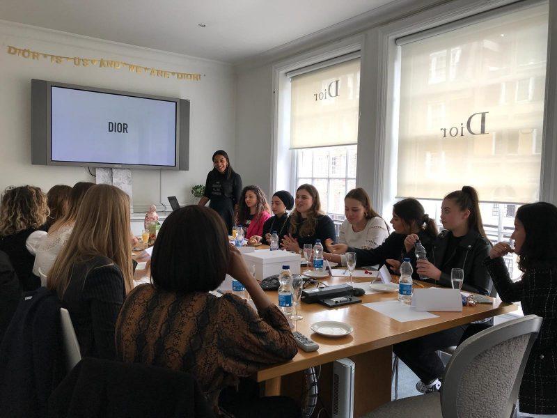 A Londres, Dior soutient les jeunes talents
