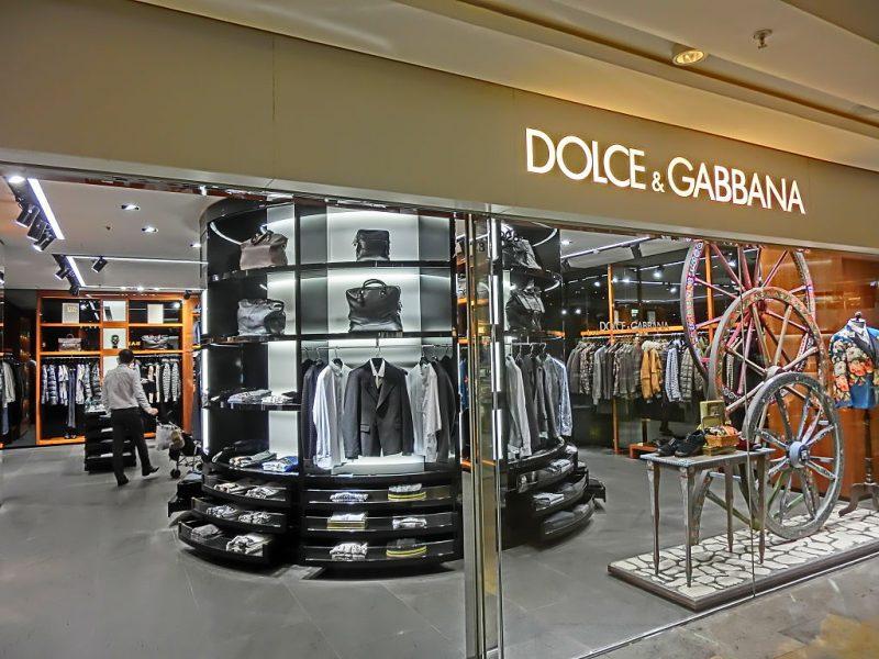 Dolce & Gabbana rénove ses trois boutiques parisiennes