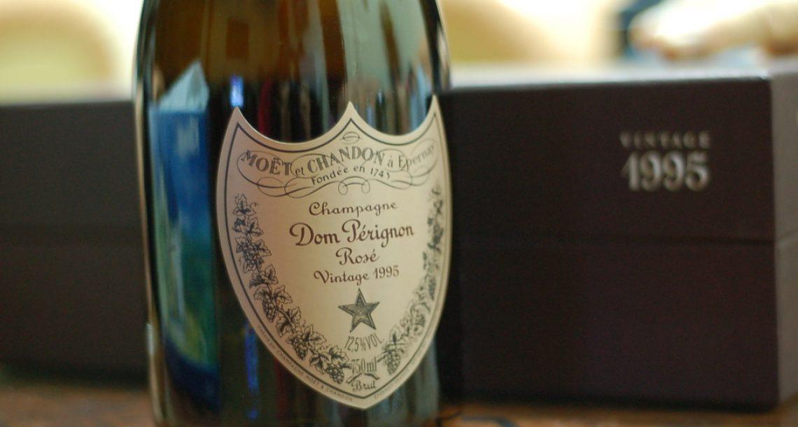 Dom Pérignon s'installe aux Galeries Lafayette pour les fêtes
