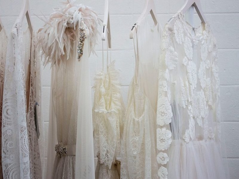 Dresswing : une application pour louer des vêtements de luxe