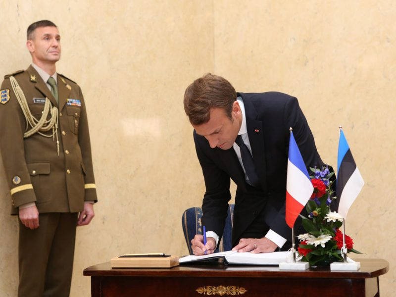 L'art et le luxe, relais du soft power français