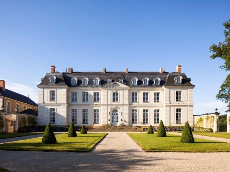 Le château du Grand-Lucé converti en hôtel de luxe