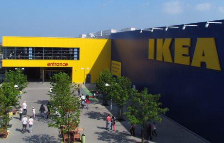 Ikea propose une collection design à l'occasion de son arrivée à Paris