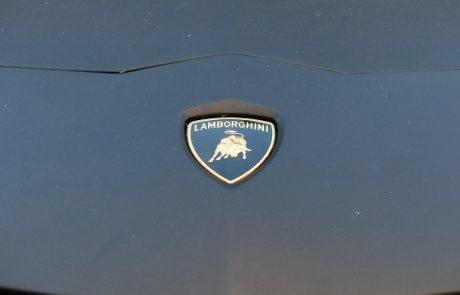 Les voitures Lamborghini devraient devenir hybrides et rechargeables