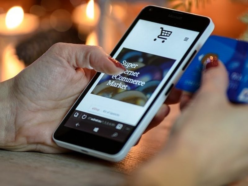 Luxe et e-commerce : entre prestige et modernité !