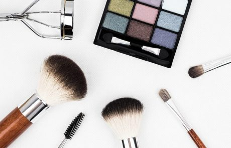 Voir : l'application virtuelle de maquillage de Guerlain