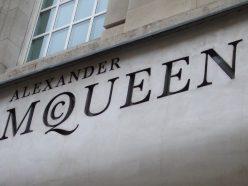 Un documentaire consacré au styliste Alexander McQueen