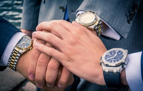 Contrefaçon des montres et des sacs de luxe: reconnaître le faux du vrai!