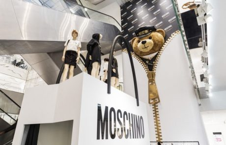 Moschino s'associe à TonyMoly pour une collection maquillage