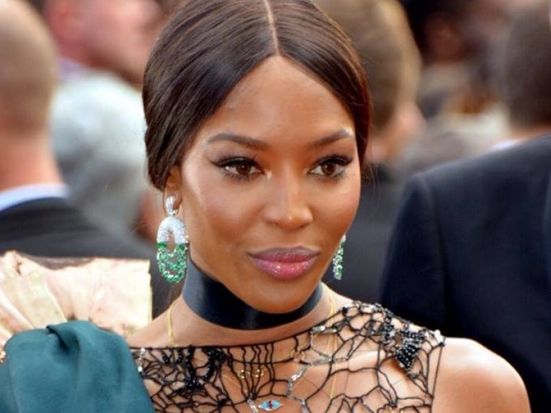 Naomi Campbell inaugure un pop-up store Fashion for Relief à Londres