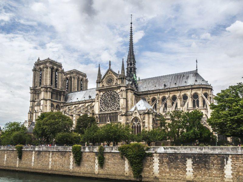 Bernard Arnault et François Pinault au chevet de Notre-Dame