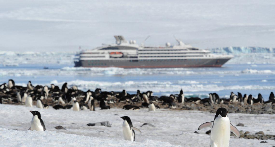 Croisières de luxe en Arctique: le prix de l'aventure