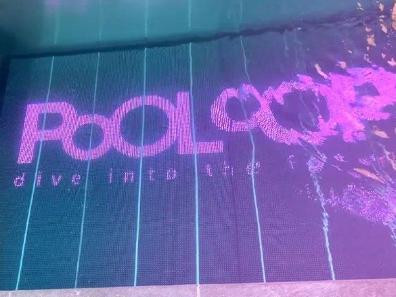Pooloop : l'écran géant pour piscine