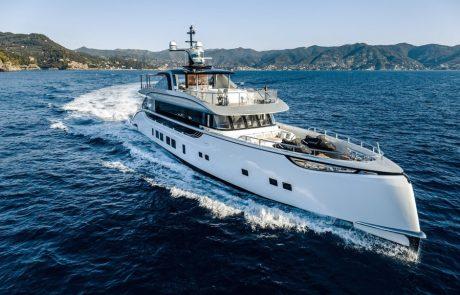 Porsche : un yacht à 12 millions d'euros