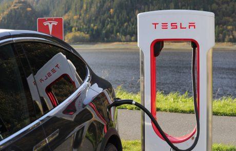 Voiture autonome : Tesla a toujours une longueur d'avance