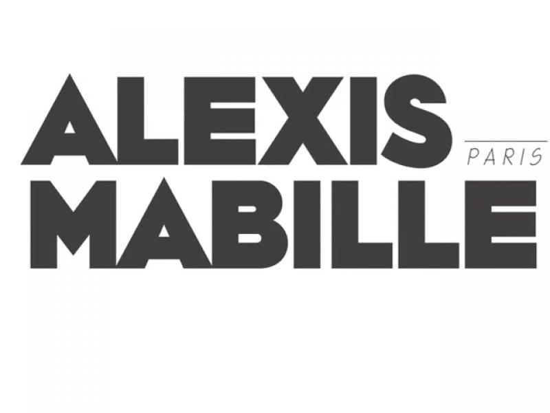 Alexis Mabille recentre ses activités
