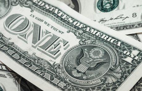 Le cours du dollar chamboule le marché du luxe