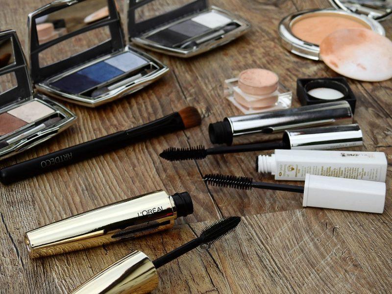 Les échantillons cosmétiques en boutique : un casse-tête pour les marques
