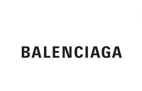 Balenciaga signe son retour à la Haute Couture