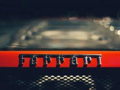 Sir Jony Ive et Marc Newson débarquent chez Ferrari