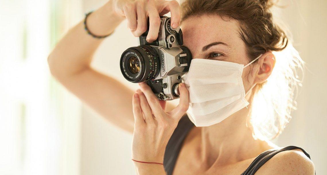 Masques de protection : les maisons de luxe au chevet des hôpitaux