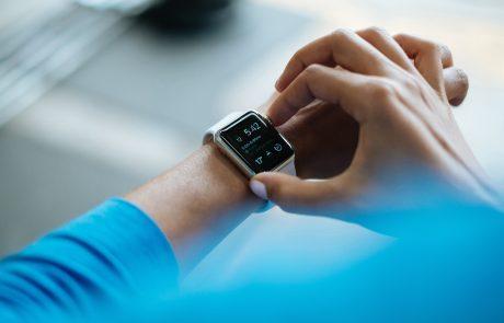 Montres connectées et écouteurs sans-fil: les accessoires de demain