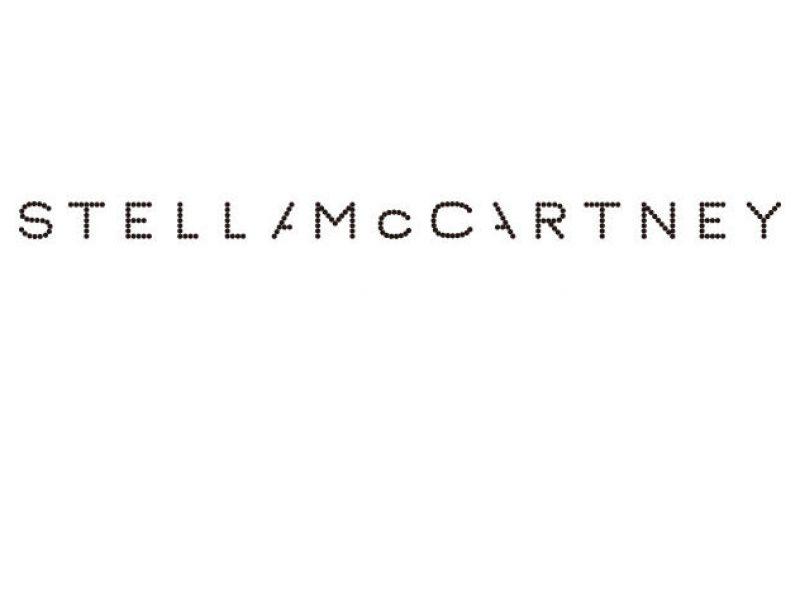 Stella McCartney lance sa capsule en collaboration avec MyTheresa.com